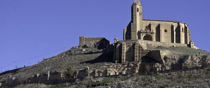 San-Vicente-de-la-Sonsierra-Iglesia-de-Santa-María-La-Mayor-angel-710x300-crop