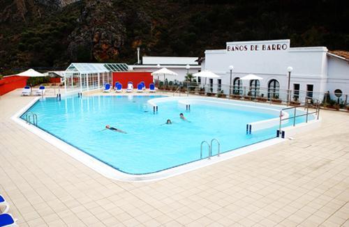 Balneario Arnedillo, piscina exterior