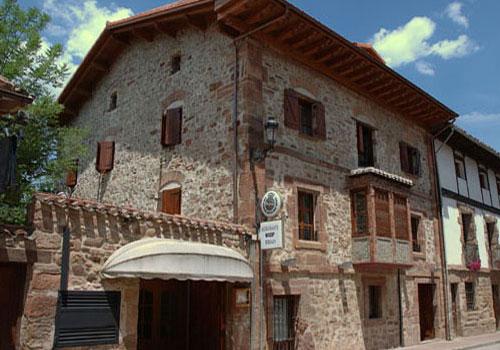 ezcaray casas